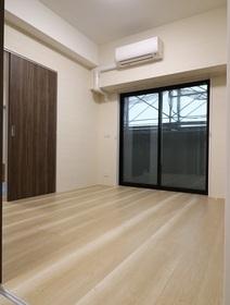 奥平レジデンス 1101号室