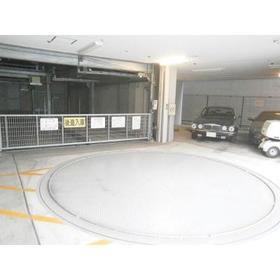 パークアクシス本郷の杜駐車場