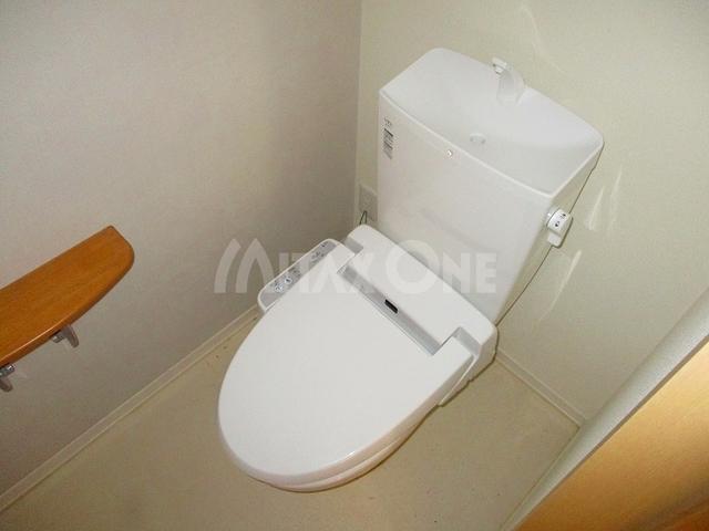 セメイユールトイレ