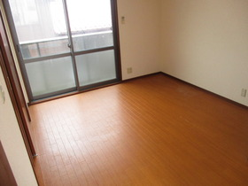 https://image.rentersnet.jp/917d2352-2bae-4165-9378-b87966ce16c1_property_picture_959_large.jpg_cap_居室