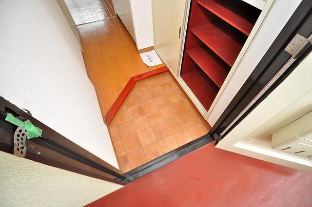 ラフォーレ菱屋西Ⅱ 玄関から部屋が見えないので急な来客でも安心です。