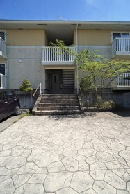 https://image.rentersnet.jp/91e8f609-742a-4cbd-8d43-d7a09ffd52e1_property_picture_956_large.jpg_cap_エントランス