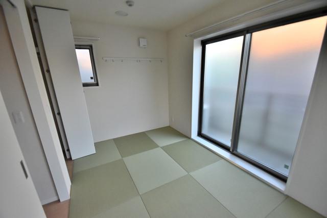 シャーメゾンアマヤハイツ 窓があるので風通しが良く、快適な睡眠がとれそうですね。