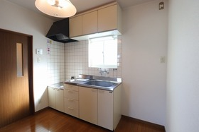 https://image.rentersnet.jp/933525f0-6d15-4929-8cde-150c52c6e2e3_property_picture_1992_large.jpg_cap_キッチン