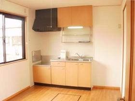 https://image.rentersnet.jp/933c327b-1950-4c0d-b301-98f834312f0f_property_picture_9494_large.jpg_cap_キッチン