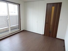https://image.rentersnet.jp/93472f08255d5303369ba6b864bfd837_property_picture_1992_large.jpg_cap_居室