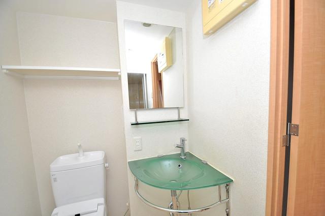 プラ・ディオ徳庵セレニテ 可愛いいサイズの洗面台ですが、機能性はすごいんですよ。