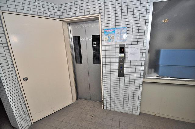 新深江池田マンション 嬉しい事にエレベーターがあります。重い荷物を持っていても安心