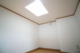 https://image.rentersnet.jp/93ba6fc9-a430-4403-a1d2-47a0145d6212_property_picture_956_large.jpg_cap_居室