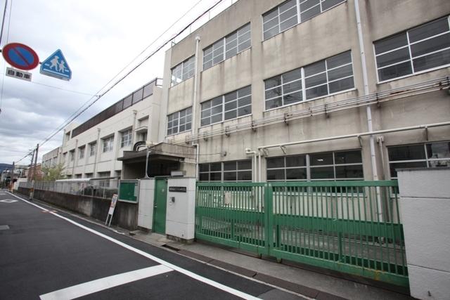 小阪ビル 東大阪市立菱屋西小学校