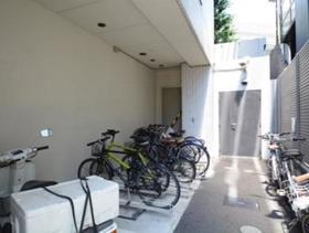 広尾駅 徒歩15分駐車場