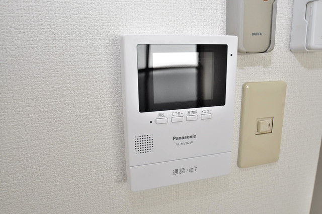 リーゾタナカ モニター付きインターフォンでセキュリティ対策もバッチリ。