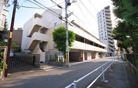 広尾駅 徒歩6分エントランス