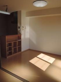 https://image.rentersnet.jp/94d1ddaae3d7efd7c1eb10af53ac5f8d_property_picture_953_large.jpg_cap_居室