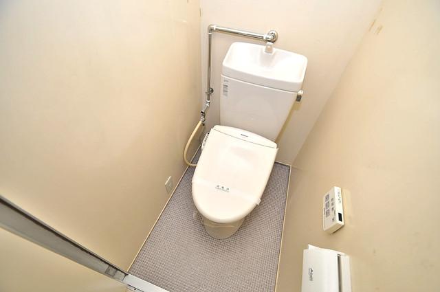 アメニティ深江橋 清潔感のある爽やかなトイレ。誰もがリラックスできる空間です。