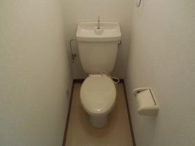 https://image.rentersnet.jp/94e7928b-7565-4f3f-91e5-e3643629b869_property_picture_955_large.jpg_cap_トイレ
