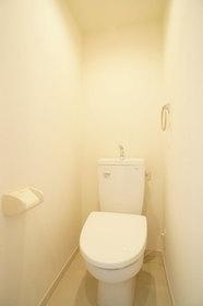 https://image.rentersnet.jp/9503d608-9095-4672-ae39-382cfccb112b_property_picture_2987_large.jpg_cap_トイレ