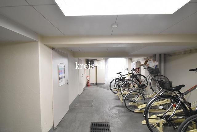 コンフォリア小石川駐車場
