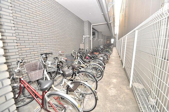 HACHIBUSE東大阪 広い駐輪スペースは、置き場を探すこともなくなりますね。