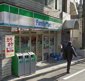 https://image.rentersnet.jp/95b6584f2d42f37019e63b70d0be6a6e_property_picture_3276_large.jpg_cap_ファミリーマート新井薬師店