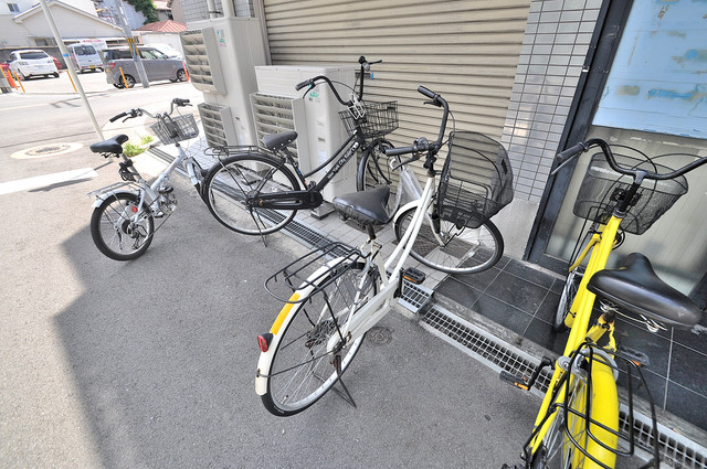 ハイム上小阪 あなたの大事な自転車も安心してとめることができますね。