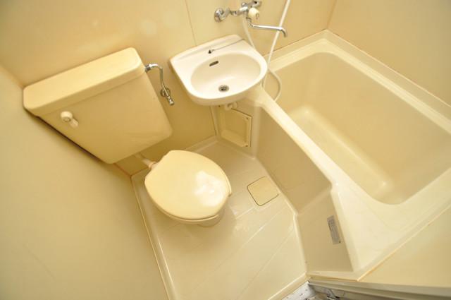 レガーレ布施 コンパクトながら機能的なトイレになっています。