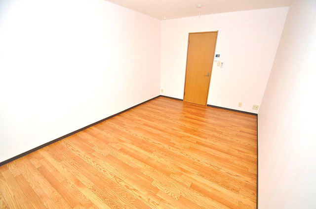 YMSマンション 内装は落ち着いた色合いで、くつろげる空間になりそうですね。
