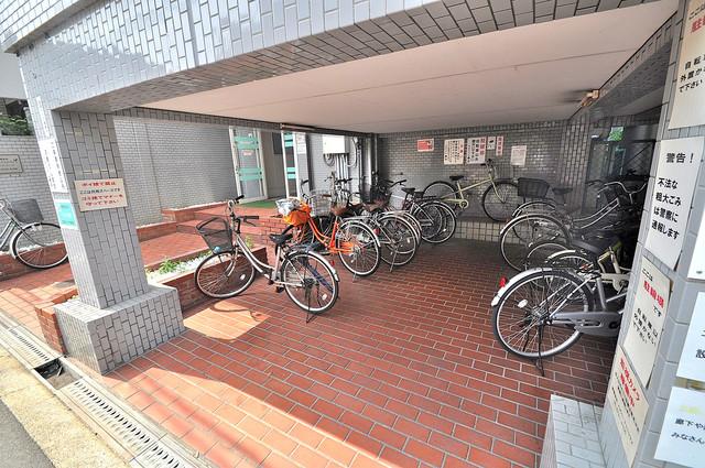 ベルハイム横沼 1階には駐輪場があります。屋内なので、雨の日も安心ですね。