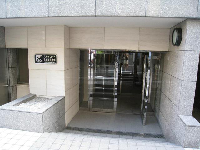 スカイコート三越前壱番館エントランス