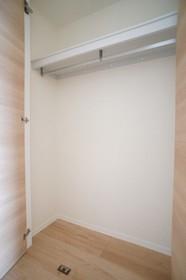 Alflat 301号室