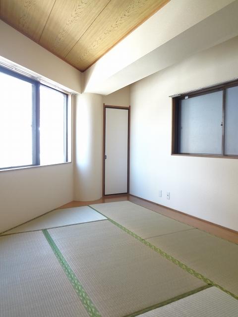 リーベオリサカ居室
