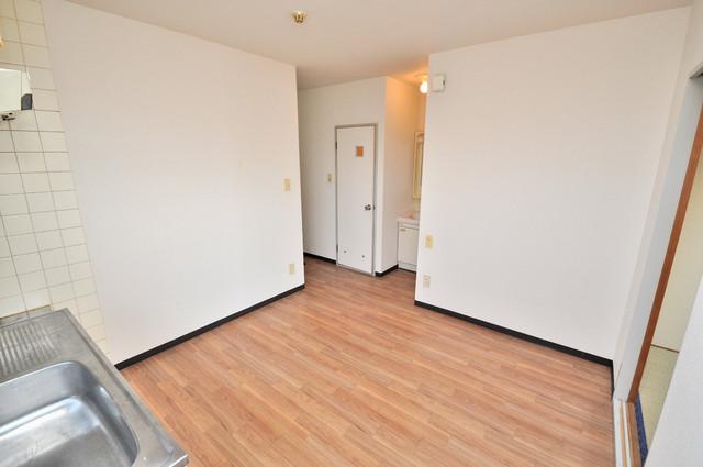 すみれプラザ長堂 明るいお部屋は風通しも良く、心地よい気分になります。