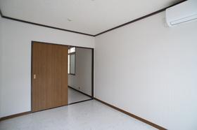 グリーンハイツ 102号室