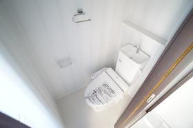 https://image.rentersnet.jp/97940beb-ac40-4c3a-840a-d589d8692854_property_picture_956_large.jpg_cap_トイレ