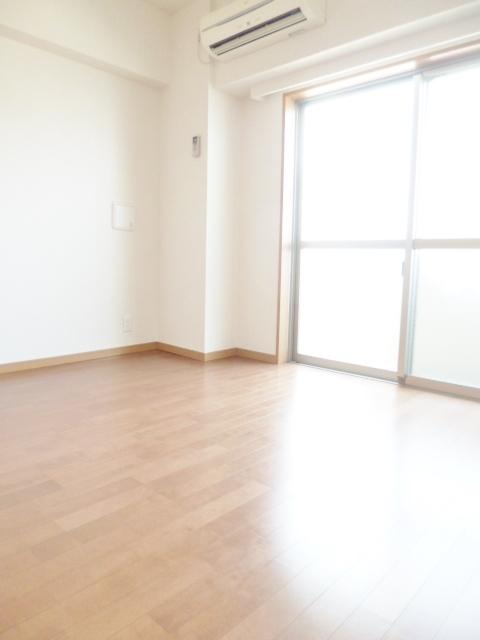 スカイコート板橋参番館居室