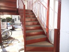 コチラが階段です♪