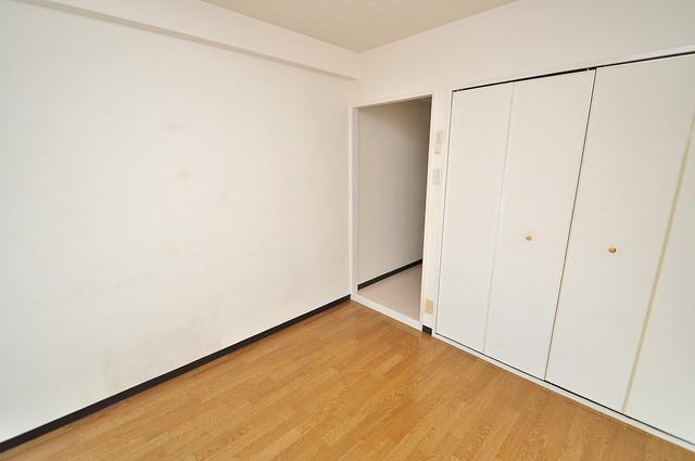 八千代ハイツ シンプルな単身さん向きのマンションです。