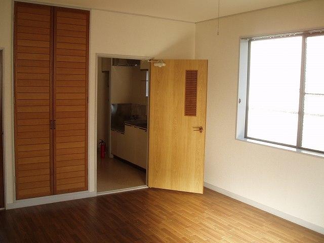 ハウス岡沢No.2居室