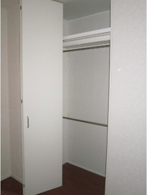 セレーニア 102号室