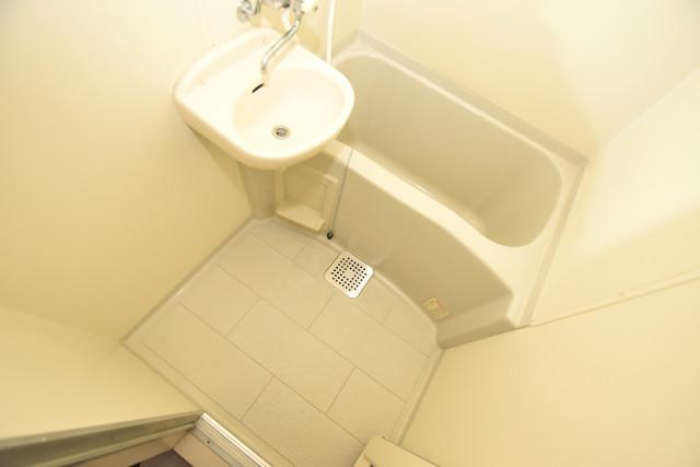 ポプルスONE ちょうどいいサイズのお風呂です。お掃除も楽にできますよ。