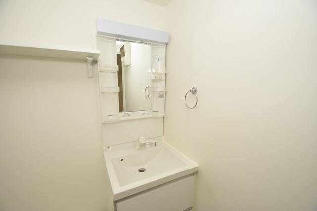 ハーモニーテラス西堤楠町 独立した洗面所には洗濯機置場もあり、脱衣場も広めです。