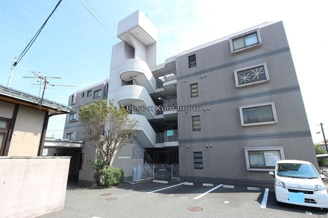 フラワーマンション保田窪の外観画像