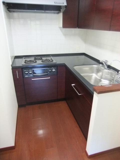 アトラス江戸川アパートメントキッチン