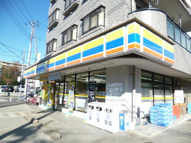 下赤塚駅 徒歩13分[周辺施設]コンビニ