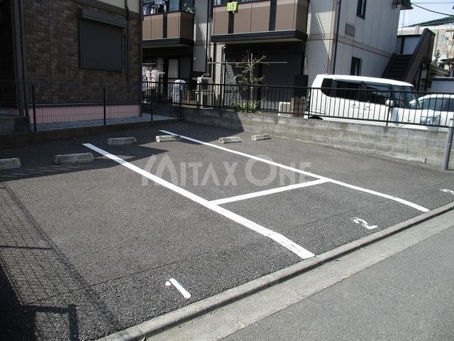 プレールひかり駐車場