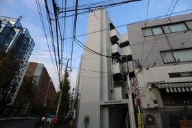 ロイヤルパーク駒沢の外観