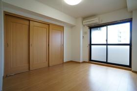 https://image.rentersnet.jp/9a1200ca-323f-4b64-b134-05c984adcd45_property_picture_960_large.jpg_cap_他号室。参考写真
