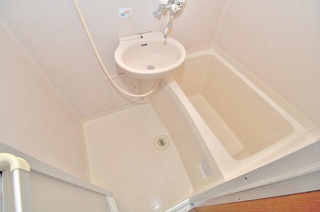 大宝長田ル・グラン ちょうどいいサイズのお風呂です。お掃除も楽にできますよ。