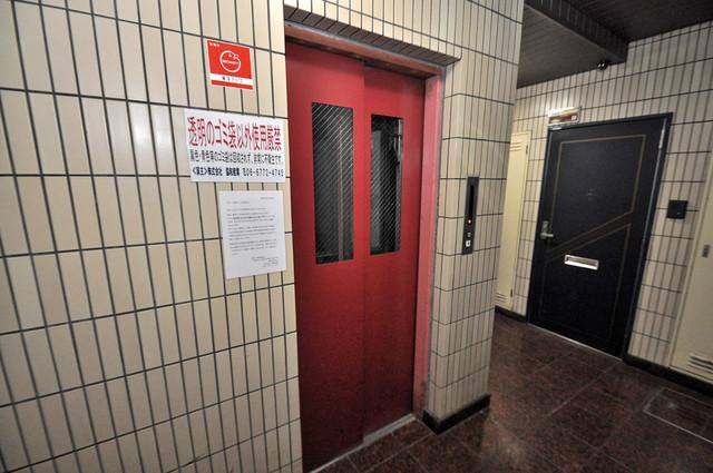 アトレーユ深江 嬉しい事にエレベーターがあります。重い荷物を持っていても安心