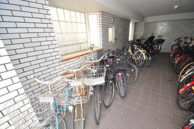 ゴッドフィールドⅡ あなたの大事な自転車も安心してとめることができますね。